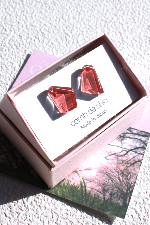 伊勢志摩シリーズ ガラスのピアス