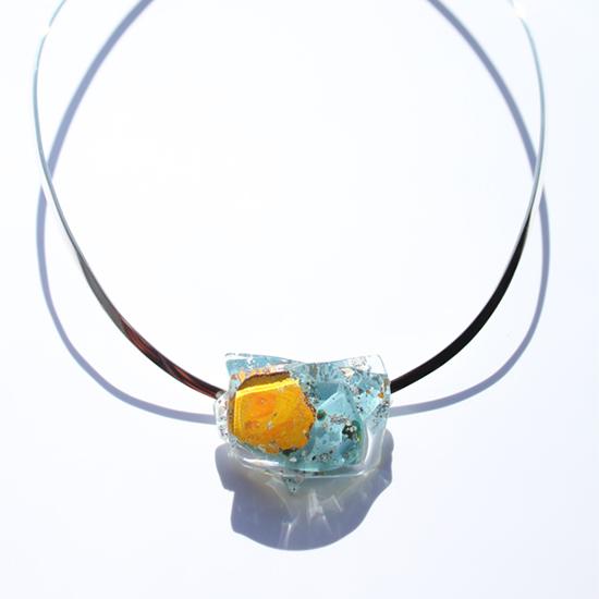 ガラスアクセサリー
