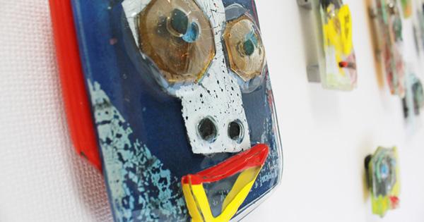 今日の「この子」ガラスのオブジェ「顔」シリーズ
