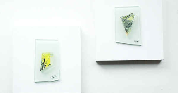 おうち時間を充実させる「ガラスのアートパネル」