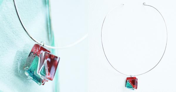 【お客様の声】『還暦』を迎える記念に。美しい赤とグリーンのシルバーチョーカーを選びました